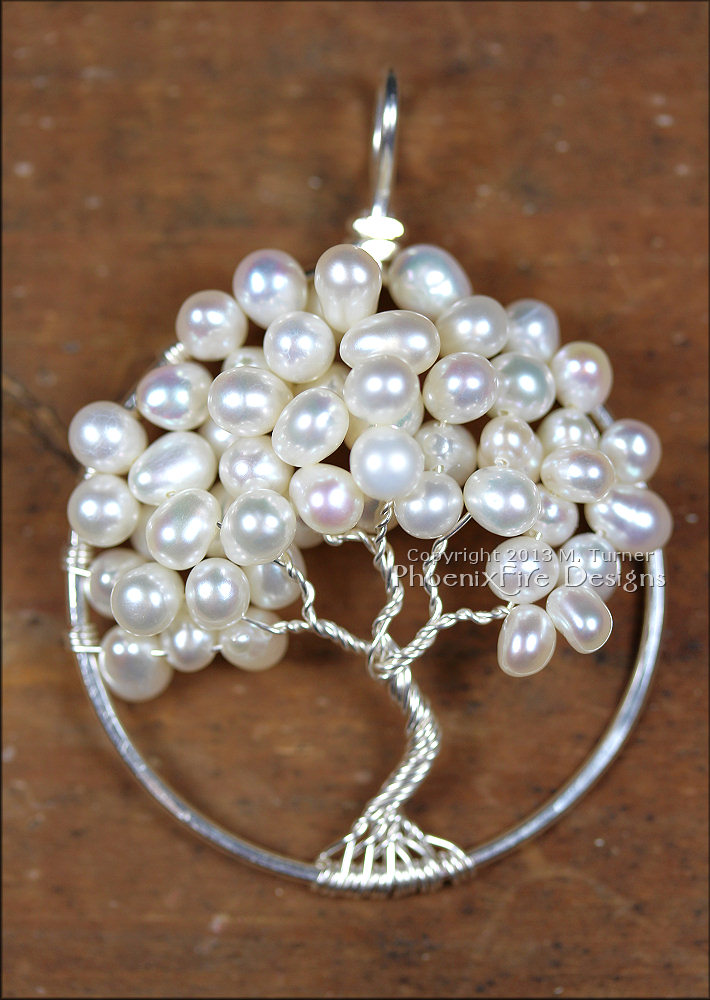Pearls have been used for jewelry and adornment for centuries. Unlike all other gemstones, pearls require living creatures to create them and they require no cutting or polishing. Freshwater pearls are said to promote sincerity, truth and loyalty and are commonly used in wedding and bridal jewelry.