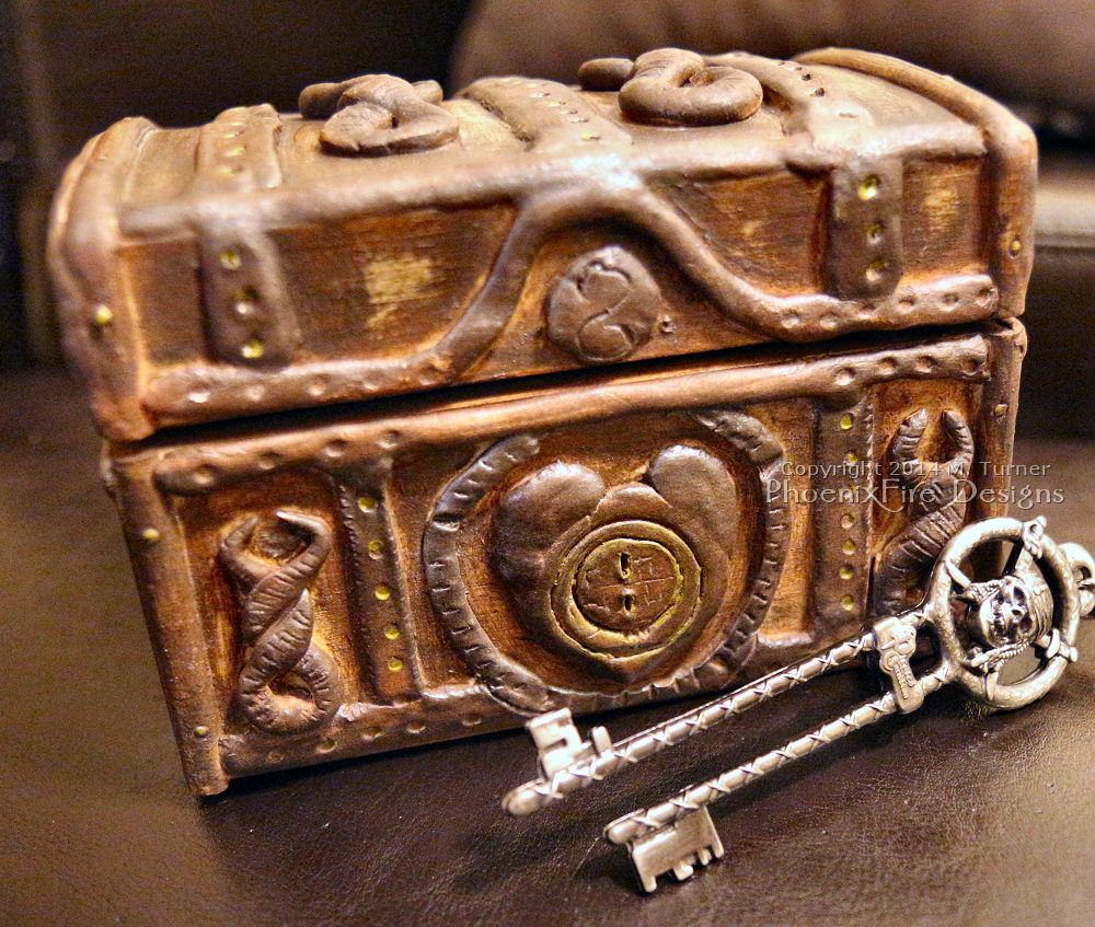 Pirates of the Caribbean Dead Man's Chest with dual skeleton key from Walt Disney World